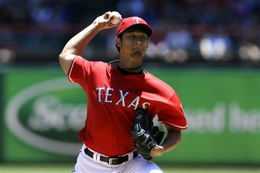 Darvish breaks drought as Texas beats Reds 3-2