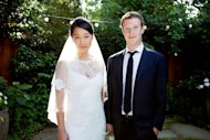 We've seen the dress, heard all about the menu (sushi and chocolate mice) and breathed a sigh of relief that the groom didn't wear a hoodie. And now, we've finally got a glance at the wedding ring that Mark Zuckerberg designed for his bride