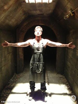 First Look: Dylan McDermott as Modern-Day Bloody Face in 'American Horror Story: Asylum'