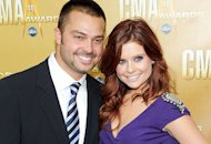 JoAnna Garcia-Swisher and Nick Swisher | Photo Credits: Michael Loccisano/WireImage