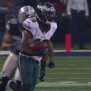 Philadelphia Eagles wide receiver Jeremy Maclin breaks free for 59 yards