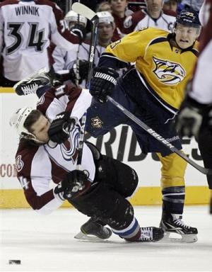 Legwand scores in OT, Predators beat Avalanche 3-2