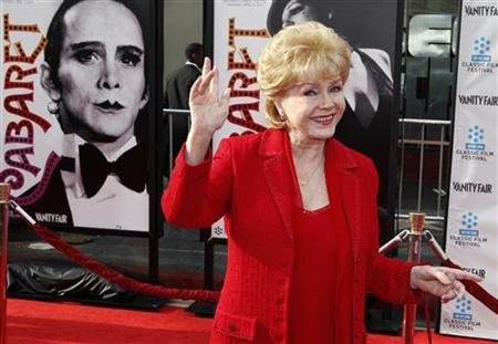 Debbie Reynolds due out of hospital after bad reaction to meds