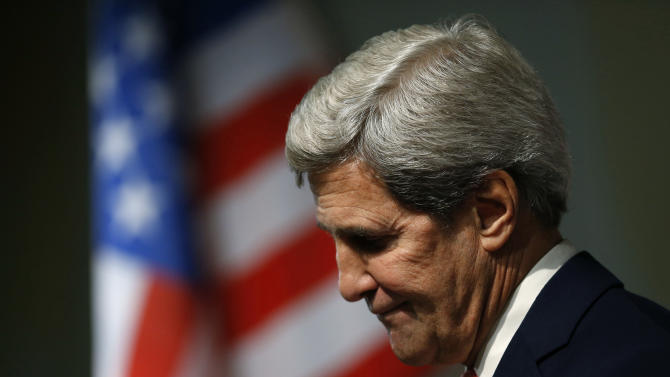"""U.S. Secretary of State John Kerry attends a press conference at the end of the Iranian nuclear talks in Geneva, Sunday, Nov. 10, 2013. Nuclear talks with Iran have failed to reach agreement, but Kerry said differences between Tehran and six world powers made """"significant progress."""" (AP Photo/Jason Reed, Pool)"""