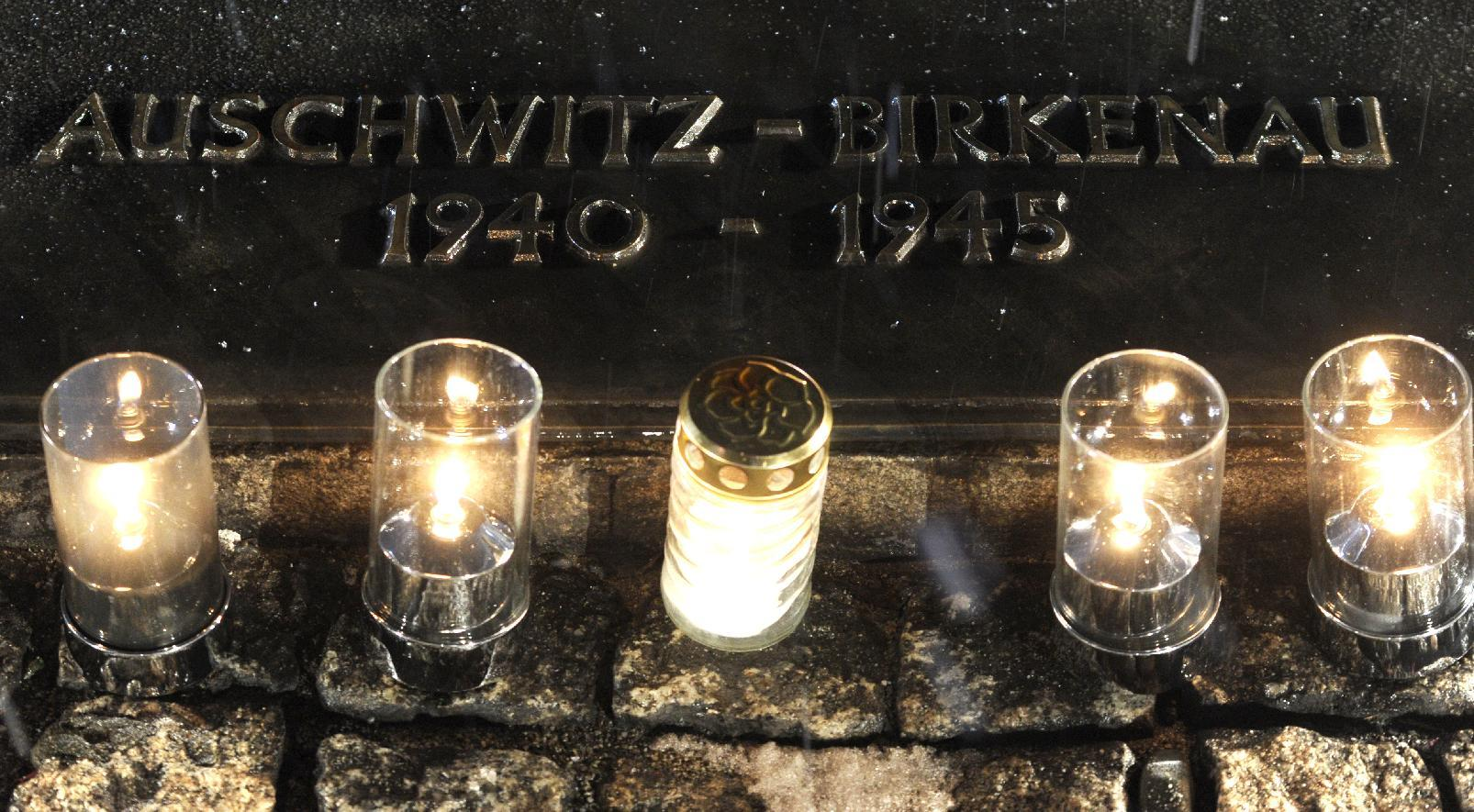 Jewish leader triggers alarm at Auschwitz, held by police