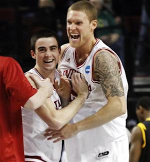 Indiana rallies to top VCU 63-61