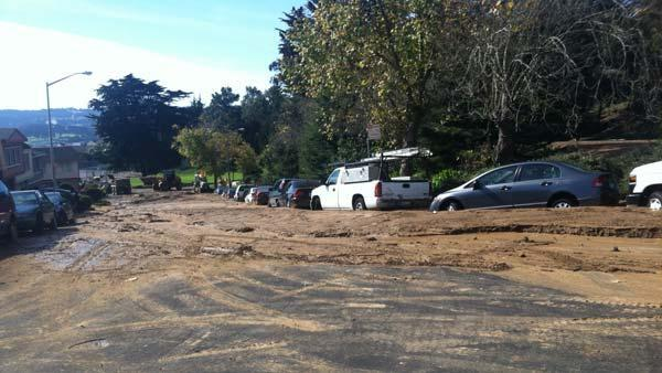 Ruptured pipeline floods Daly City neighborhood