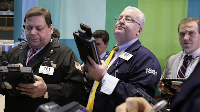 Stocks gain on budget talk optimism, Fed stimulus