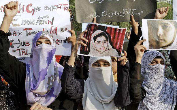 Taliban Vow to Kill the Pakistani Girl They Shot for Going to School if She Survives