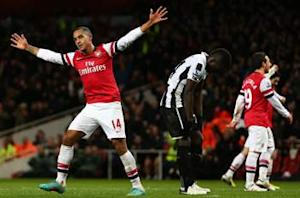 Arsenal 7-3 Newcastle: Walcott and Giroud help Gunners end the year on a high