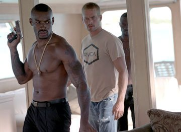 Tyson Beckford and Paul Walker in MGM/Columbia Pictures' Into the Blue