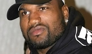Rampage Jackson's fight at UFC 75 against Dan Henderson was a huge success (MMA Weekly)