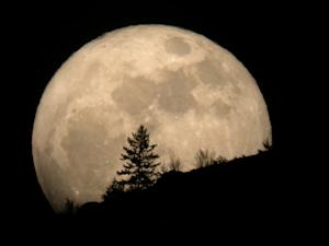 'Supermoon' Alert: Biggest Full Moon of 2012 Occurs This Week