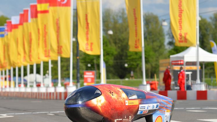 IMAGE DISTRIBUTED FOR SHELL - The IDEA CEU Car, vehicle No. 344, Prototype, running on Battery Electric, competing for team IDEA CEU Team from Universidad Ceu Cardenel Herrera, Spain, on the track during day 1 of practise at the Shell Eco-marathon Challenge Europe at The Ahoy centre in Rotterdam, The Netherlands on Wednesday, May 15, 2013. Teams from universities all over Europe have brought their energy efficient cars to compete through the three-day challenge. (Ermindo Armino/AP Images for Shell)