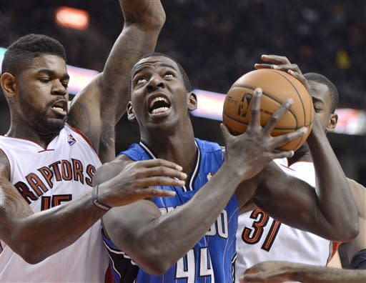 DeRozan scores 17 and Raptors beat Magic 93-90