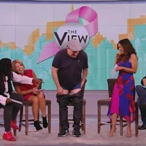 Jeff Garlin Takes His Pants Off on 'The View'