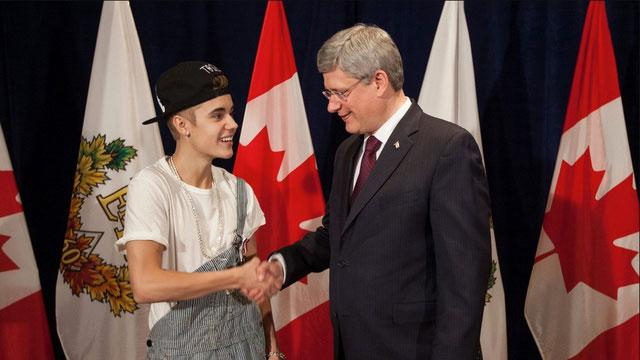 Bieber Defends Meeting Prime Minister in Overalls