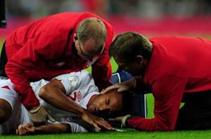 Chest injury rules Walcott out of Poland clash