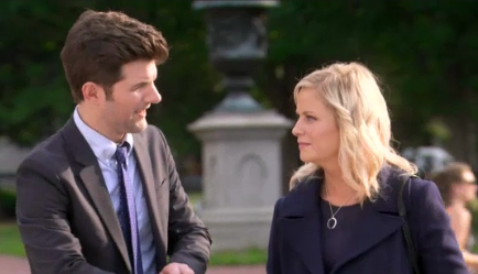 Joe Biden Makes Leslie Knope Giggle Like A Nervous School Girl on 'Parks and Recreation' (Video)