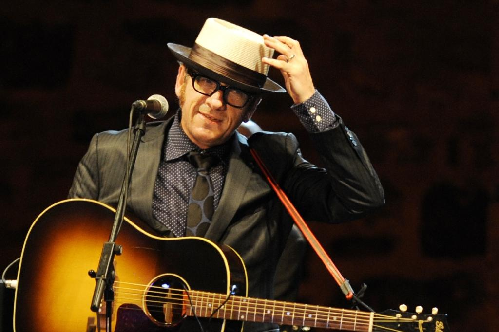 Elvis Costello charts unlikely rise to pop stardom