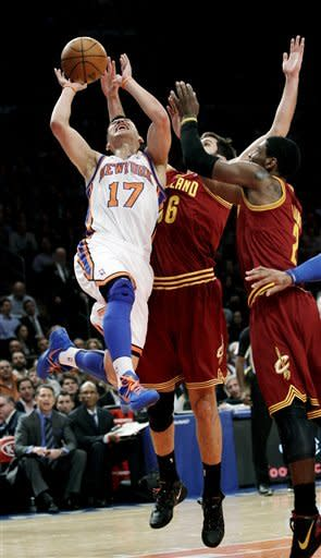 Knicks storm back, beat Cavs 120-103 behind bench