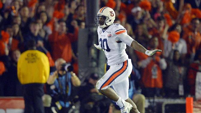 Chiefs draft Auburn DE Dee Ford in first round