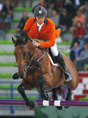 Dutch lead jumping at World Equestrian Games