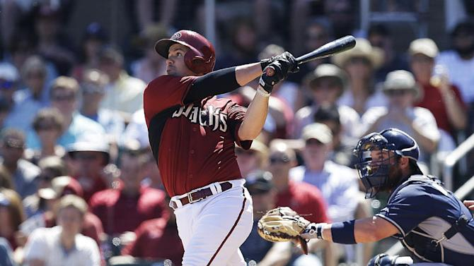 Wallace's HR in 8th helps Padres tie D-backs 3-3 in 10