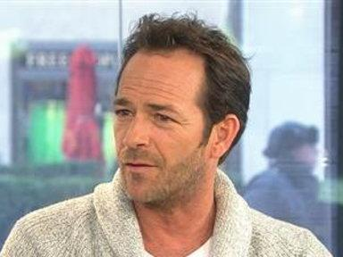 Luke Perry: I'm 'Not Scared' of Acting With Bears