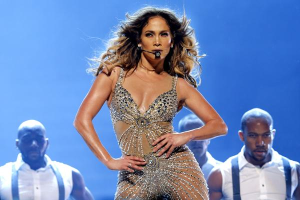 Jennifer Lopez Unaware of Turkmenistan Rights Issues, Publicist Says
