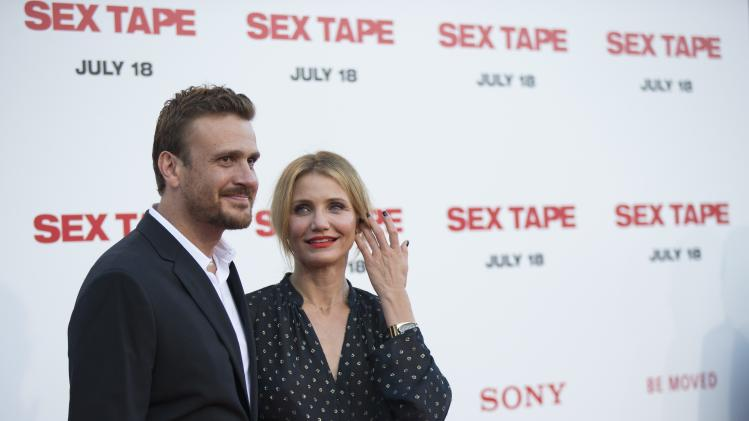 "Cast members Segel and Diaz pose at the premiere of ""Sex Tape"" in Los Angeles"