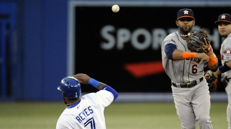 Blue Jays hit 5 HRs in 12-6 win over Astros