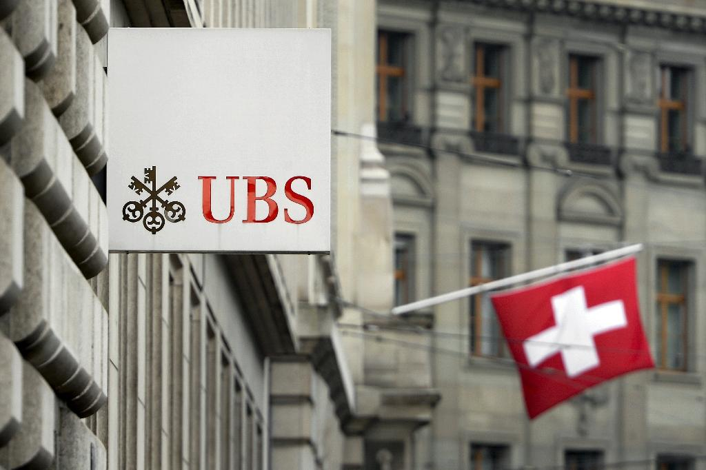 French judges charge ex-UBS top banker over tax evasion