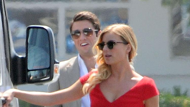 Emily VanCamp And Joshua Bowman On The Set Of 'Revenge'