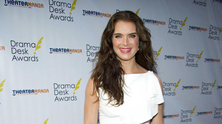 Brooke Shields arrives at the 57th annual Drama Desk Awards on Sunday, June 3, 2012, in New York. (Photo by Charles Sykes/Invision/AP)