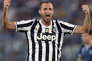 Chiellini impressed by 'world-class' Tevez