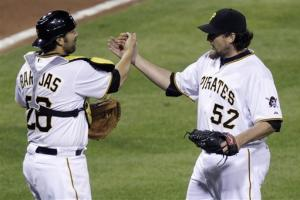 McCutchen homers as Pirates top Nationals 4-2