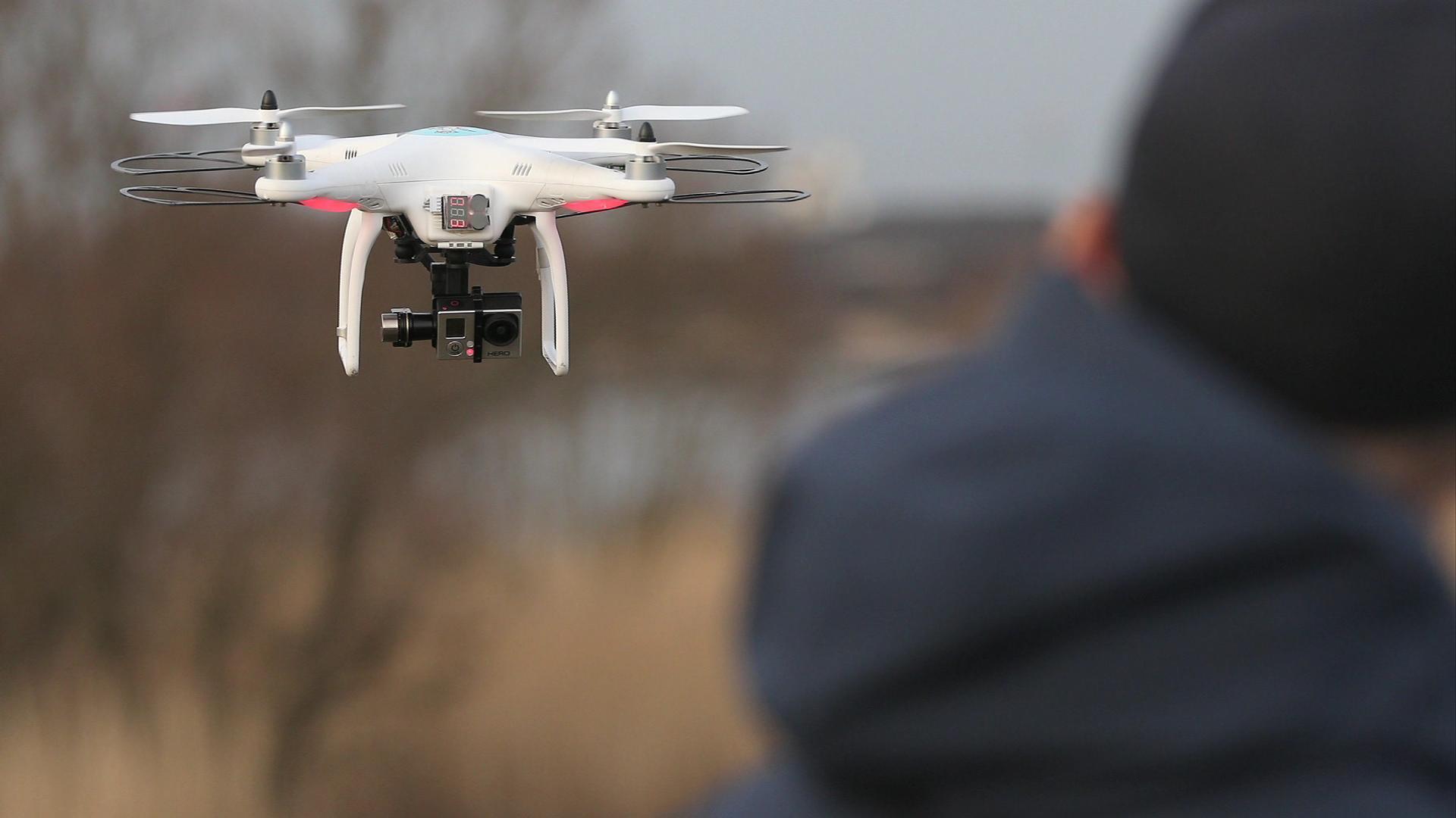 As drones are gifted, the FAA issues a warning