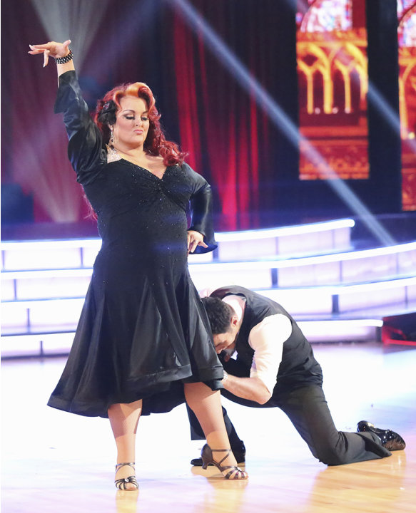 Wynonna Judd and Tony Dovolani (3/18/13)