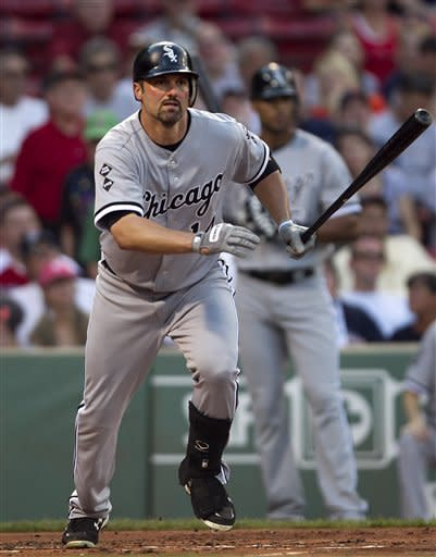 Youkilis homers in Boston as White Sox win 7-5