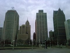 800px-Buildings_around_Hart_Plaza