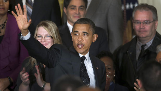 Obama says wealthy should pay more in taxes