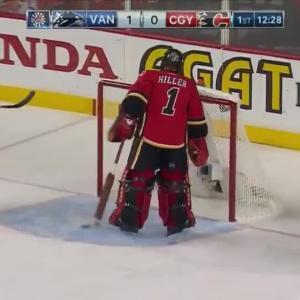 Vancouver Canucks at Calgary Flames - 04/25/2015