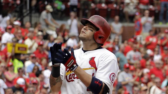 Molina's HR, 4 hits lead Cardinals past Mariners