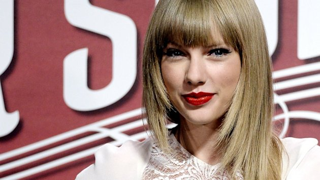 Taylor Swift Meets Child Who Was Hit by an SUV Outside Her Concert (ABC News)
