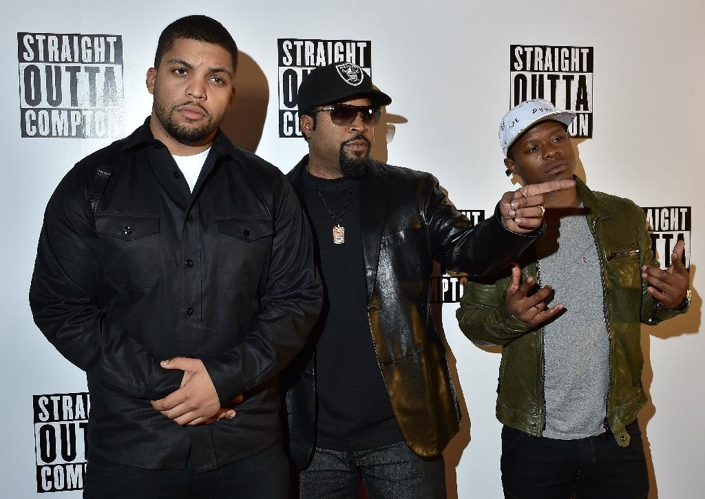 'Straight Outta Compton' rules for third straight week