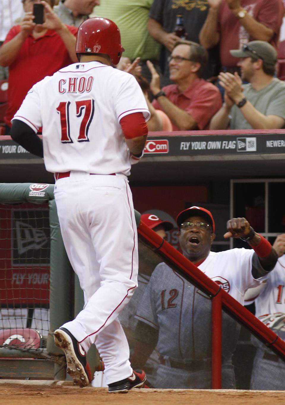 Reds hold on for 10-7 win over Diamondbacks