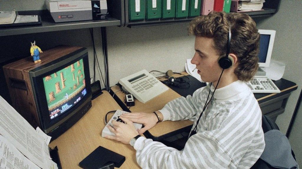 Have you tried turning it off and on again? Former Nintendo call center counselors reflect on 8-bit era