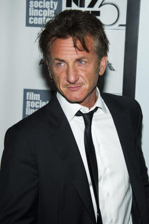 "Sean Penn attends the New York Film Festival premiere of ""The Secret Life of Walter Mitty"" on Saturday, Oct. 5, 2013 in New York. (Photo by Charles Sykes/Invision/AP)"
