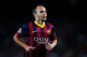 Iniesta agrees to Barcelona extension